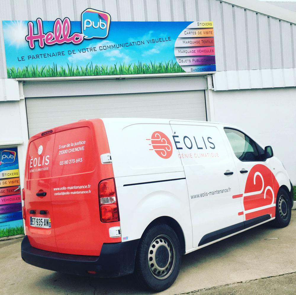 camion EOLIS utilitaire publicitaire
